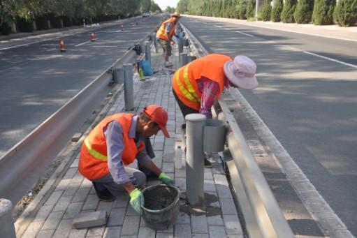 兰临高速公路养护维修工程进展顺利